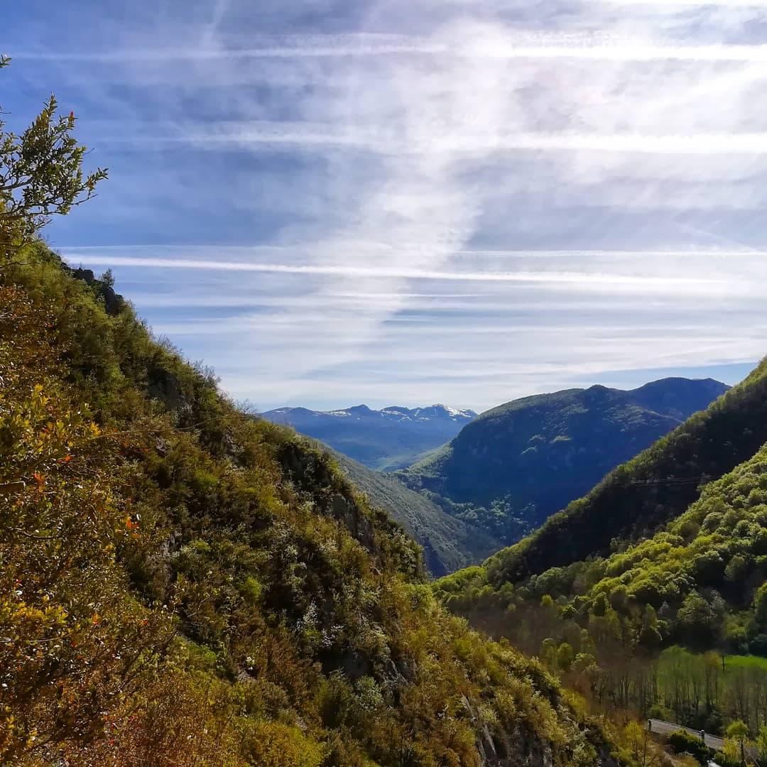 GC - escalade en ariege - falaise de genat - vue