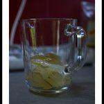 Transvasez le tout dans un récipient en verre