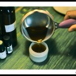 Homogénéiser et verser immédiatement dans un petit pot