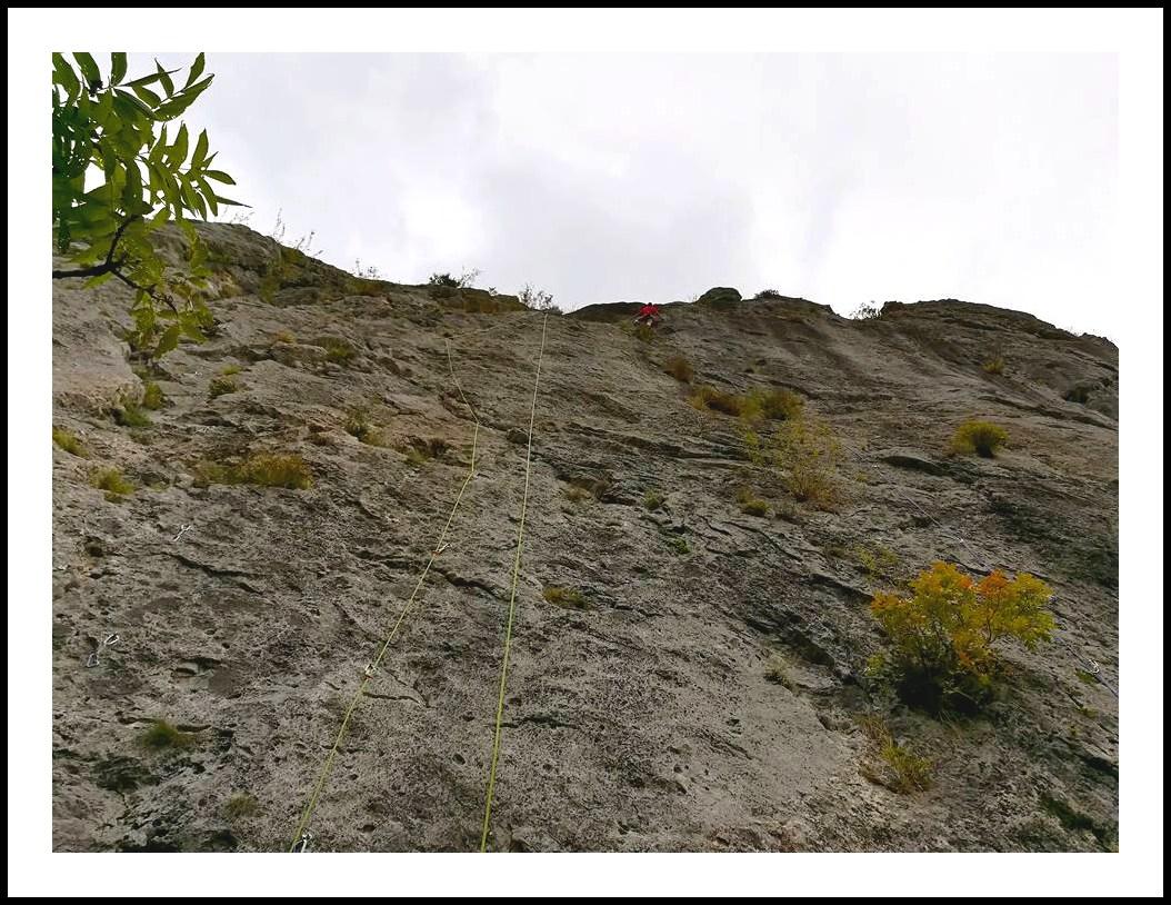 GC - falaise ariege hiver sinsat