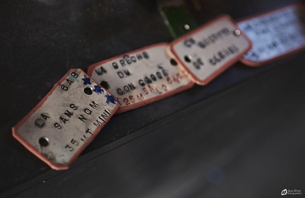 Détails des plaques pour les noms des voies. Certaines existent déjà, d'autres sont encore en projet!